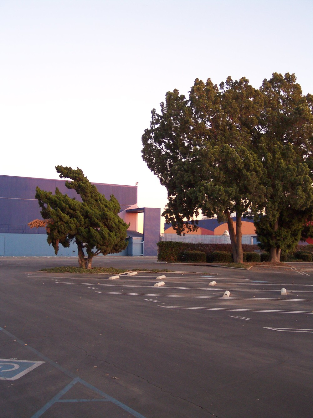 Downey Studios Bldg. 290- Photo- Larry Latimer