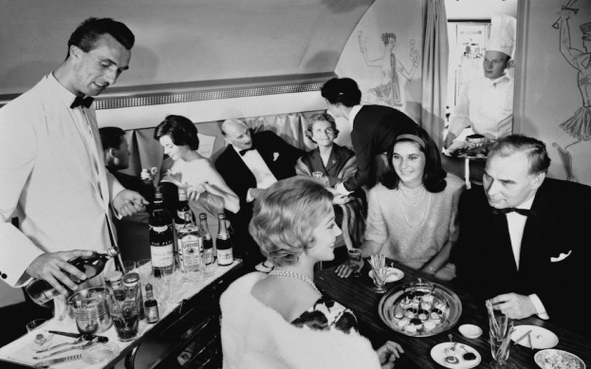 The first in-flight meal was served on a flight operated by Handley Page Transport flying between London and Paris
