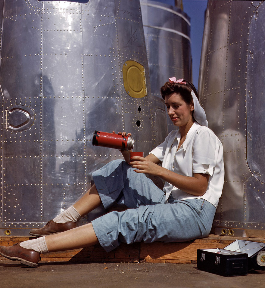 October 1942. Girl worker at lunch also absorbing California sunshine, Douglas Aircraft Company, Long Beach.