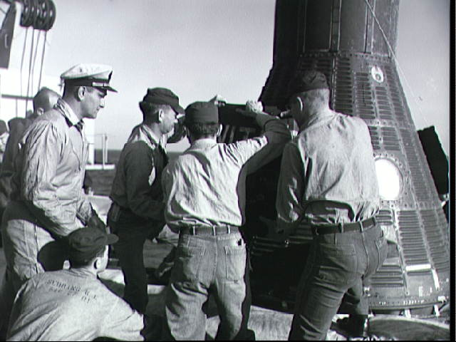 Recovery of Mercury spacecraft