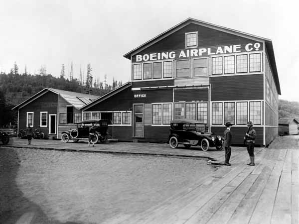 The Red Barn. The original Boeing factory on the shore of Lake Union. Boeing Archives.