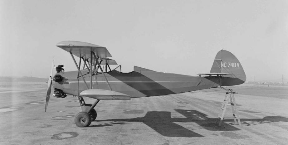 Bi-plane at Mines Field