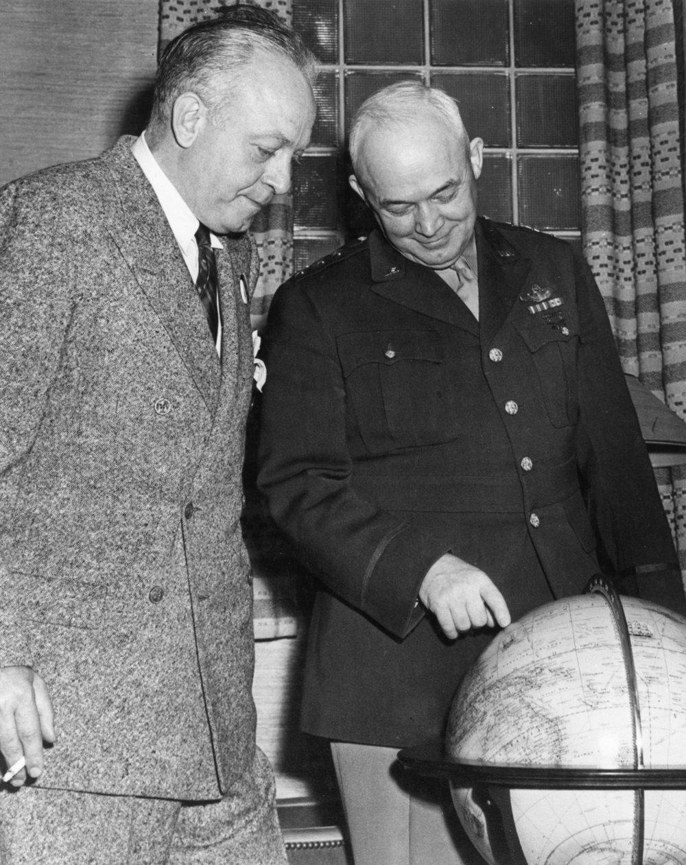 Dutch with General Eisenhower
