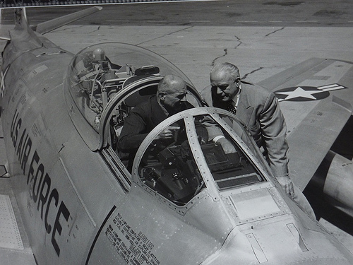 North American Aviation F-86 Sabre, General Doolittle and Dutch Kindelberger
