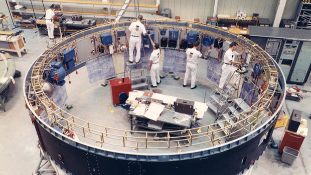 Apollo manufacturing Saturn