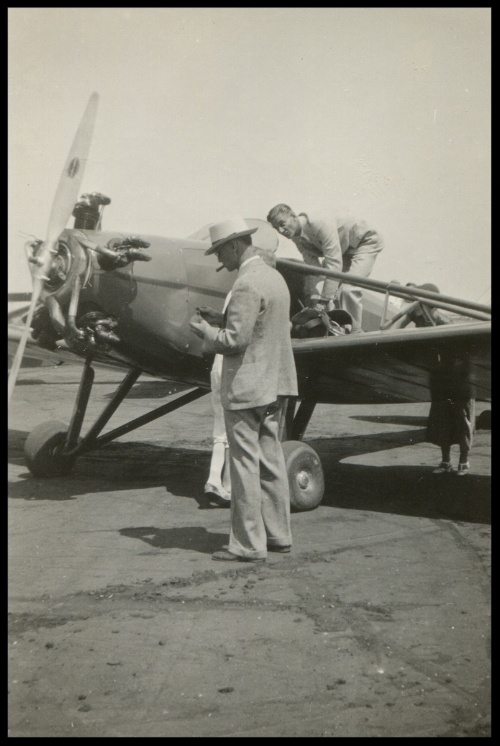 Bert Kinner- Aug 21-'32 .The first Kinner aeroplane going up to stunt.