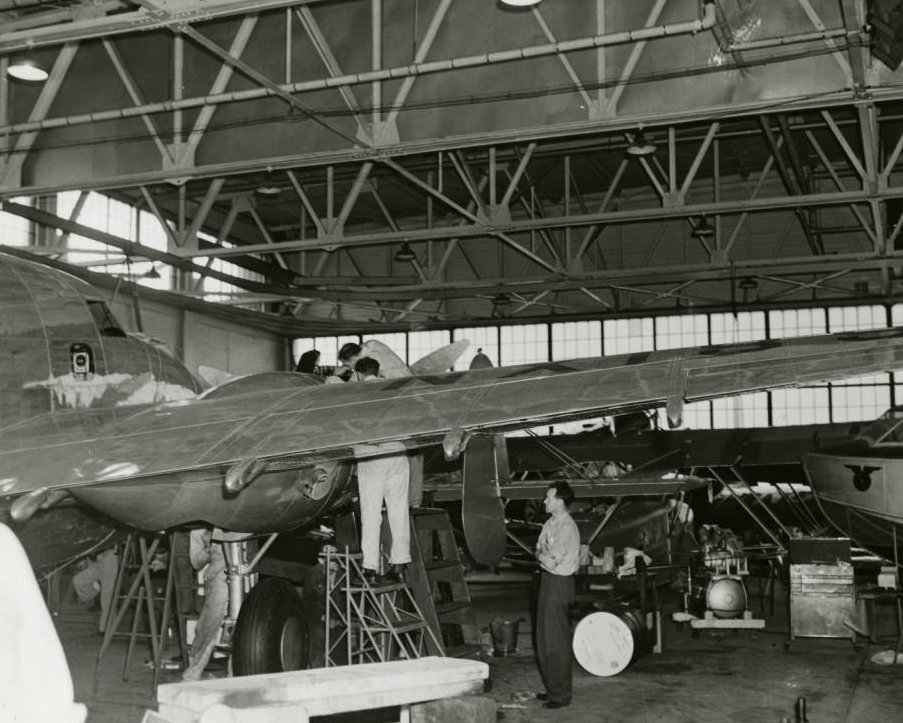 Photograph_of_the_Lockheed_14_aircraft_in_a_hangar_in_New_York_New_York_July_9_1938.jpg