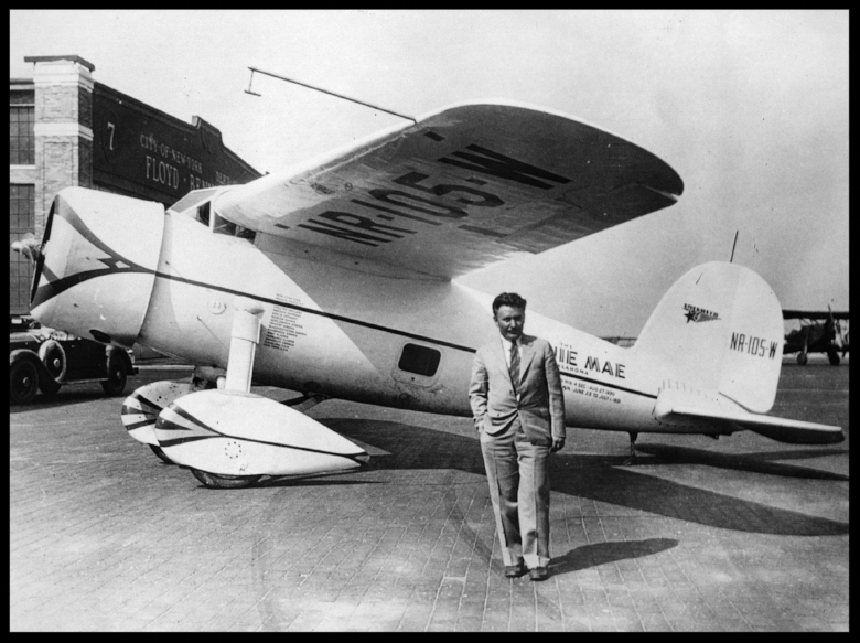 "Wiley Post and Lockheed Vega 5B ""Winnie Mae of Oklahoma"", before embarking on his record-breaking solo circumnavigation, July 15th, 1933. (Photo by Hulton Archive/Getty Images). More here..."