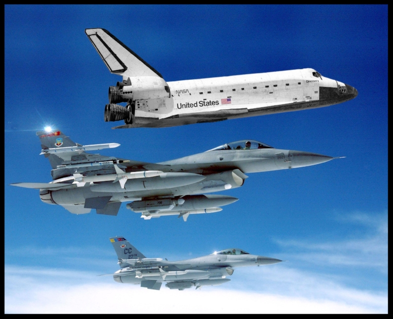 Shuttle Discovery with jets. Image- NASA