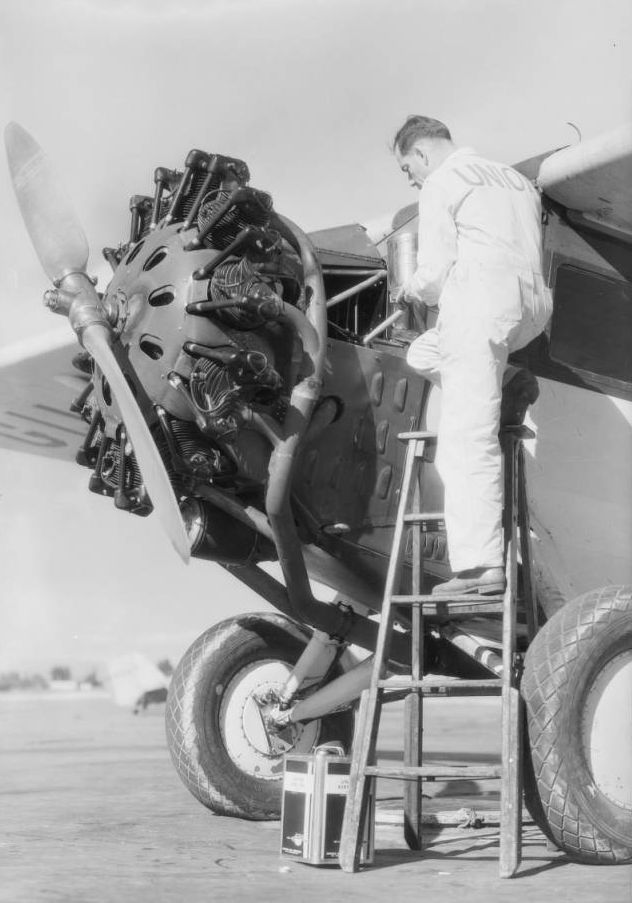 Airplane oil at Grand Central Airport, Glendale, CA, 1931.jpg