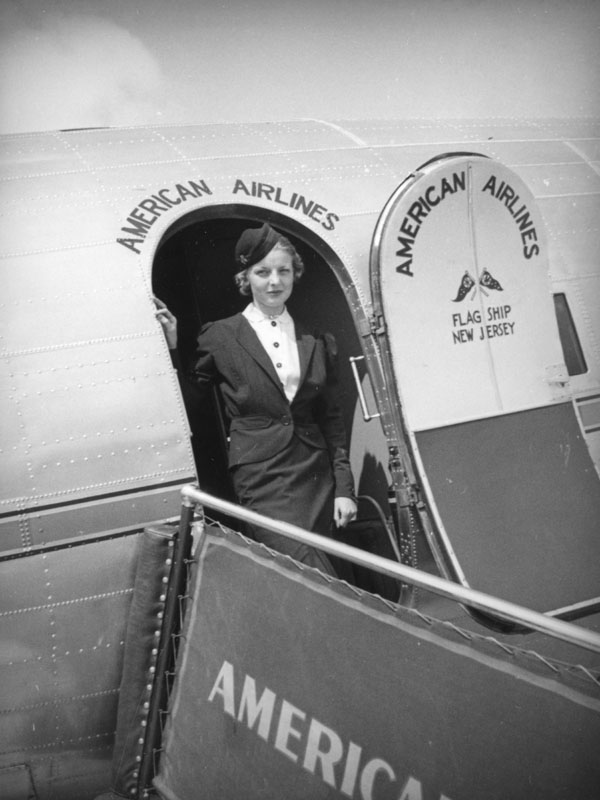 American Airlines stewardess disembarks 1937.jpg