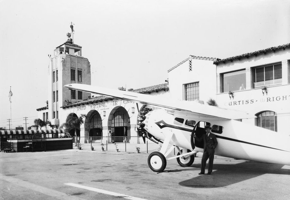 CHS-48524Photograph of a radial-engine airplane outside the Grand Central Airport in Glendale.jpeg