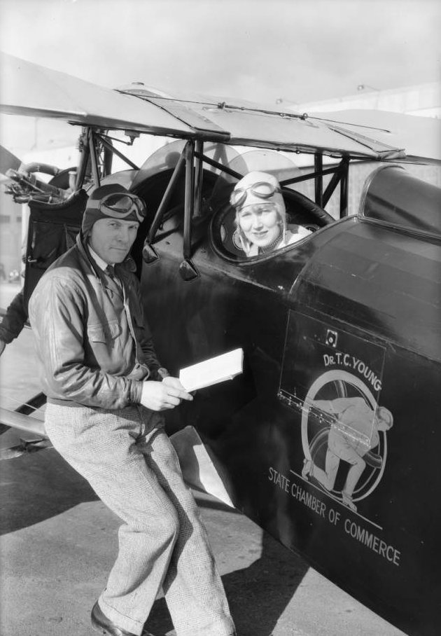 Dr. T.C. Young's airplane at Glendale, CA, 1930 4.jpg