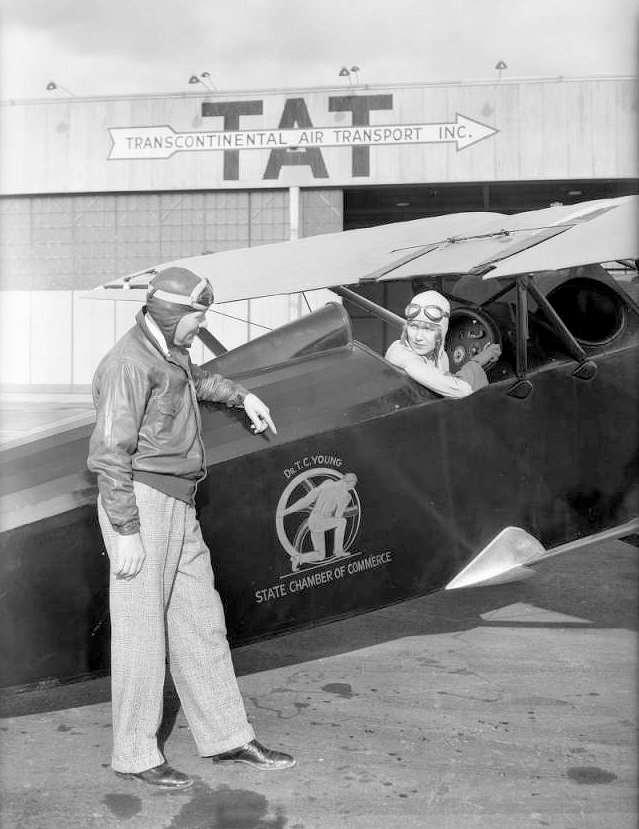 Dr. T.C. Young's airplane at Glendale, CA, 1930.jpg