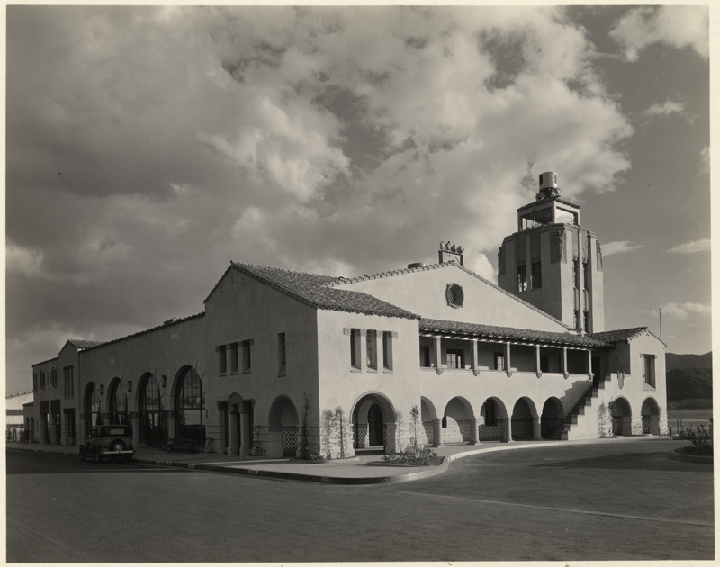 Grand Central Airport, 1310 Air Way, Glendale 1928-33 a.jpg