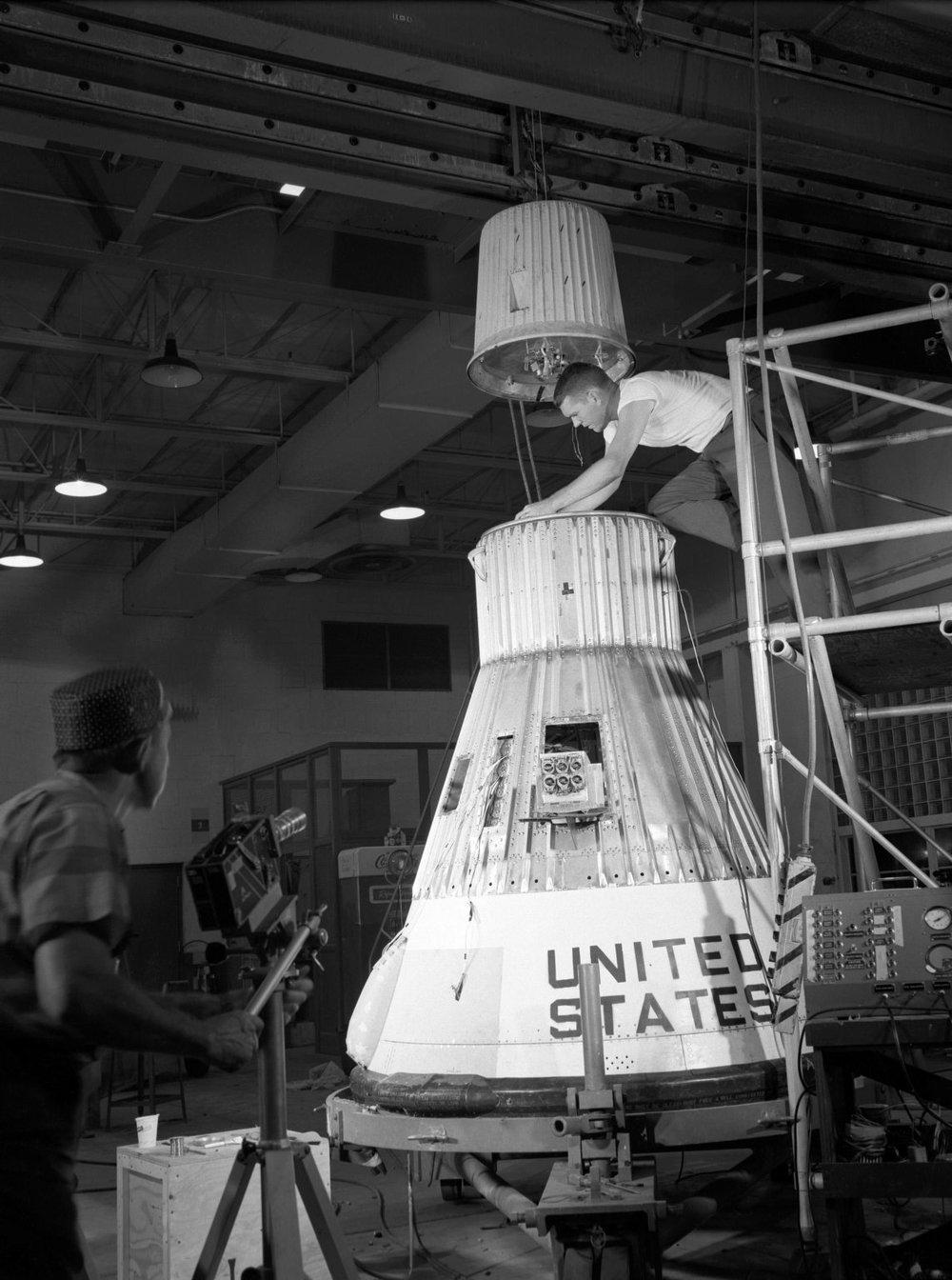 Assembling the Little Joe capsule.