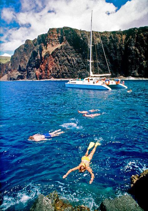 Snorkeling at Kaunolu on Lanai