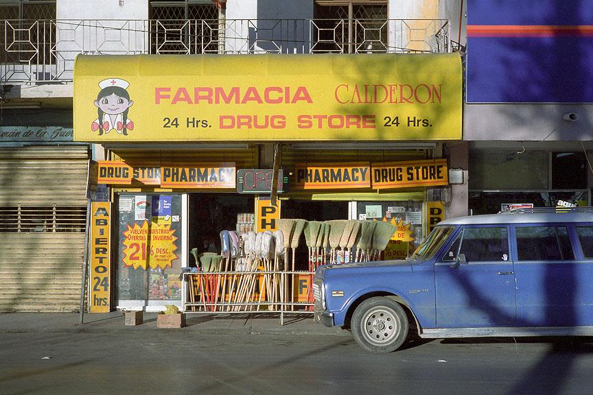 Nuevo Laredo, Tamaulipas by Paul Turounet