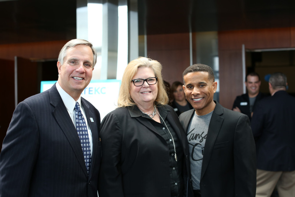 Kevin Pistilli, 2016 Chairman of the VisitKC Board of Directors; Brenda Tinnen, senior vice president and general manager of Sprint Center/AEG; and Ronnie Burke, president and CEO of VisitKC. Photo credit: Wheat Photography