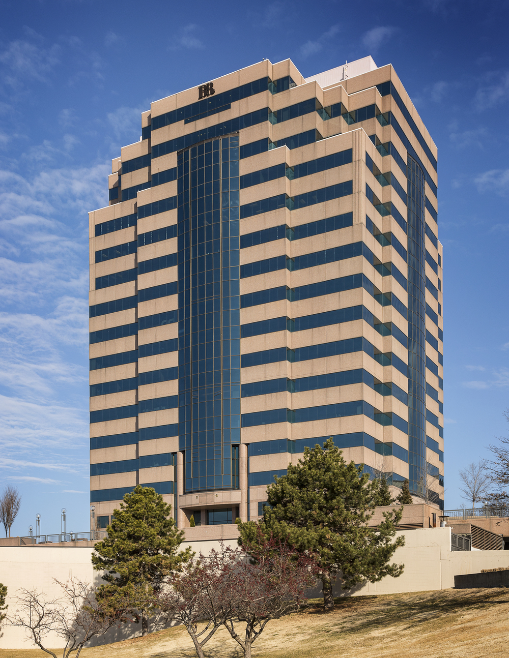 Plaza West is a 265,000-square-foot building on the Country Club Plaza that's now under new owners Stanson Road Capital.