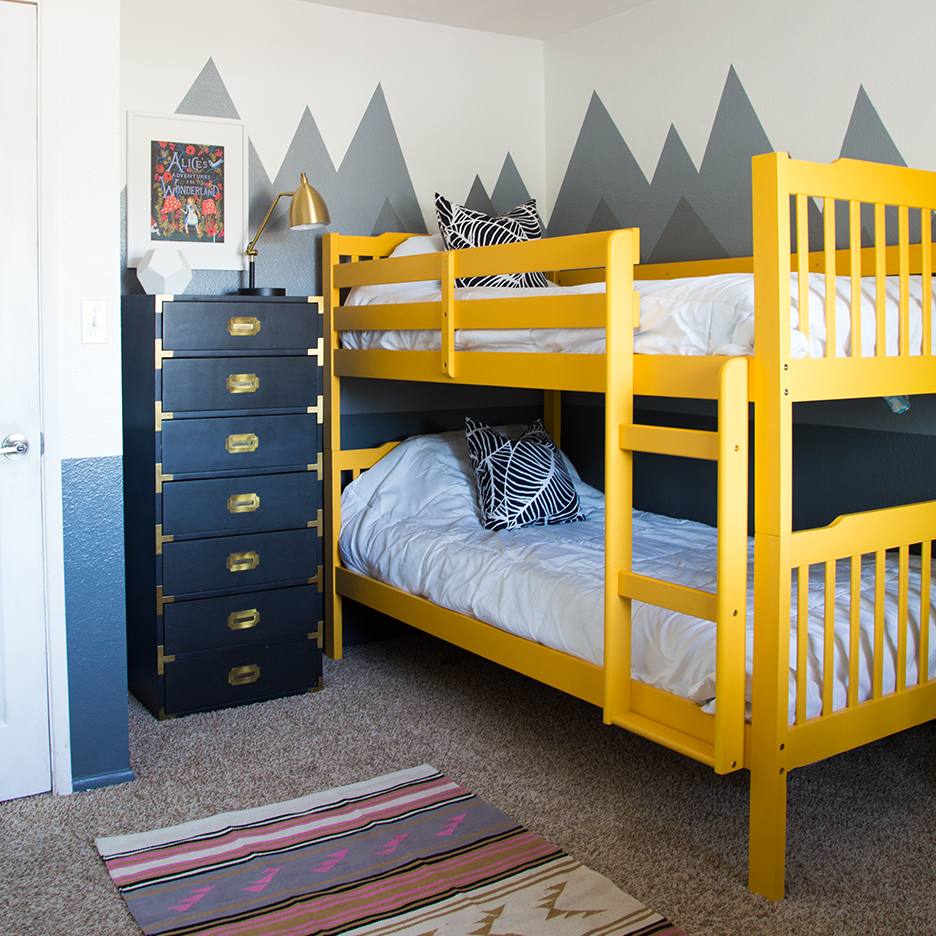 blog FEATURE: check out this nursery becky designed for a lovely MOTHERHOOD blogger!