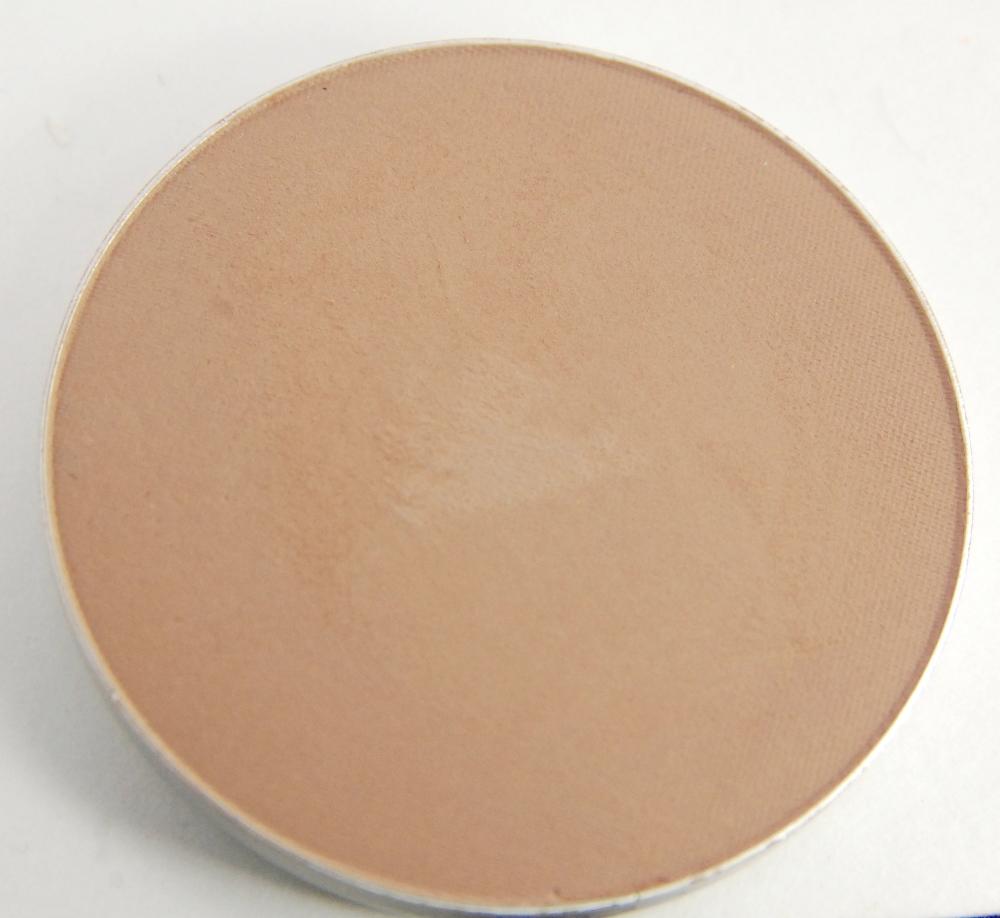 MAC-Cosmetics-Sculpt-Sculpting-Powder-Pro-Pan.jpg