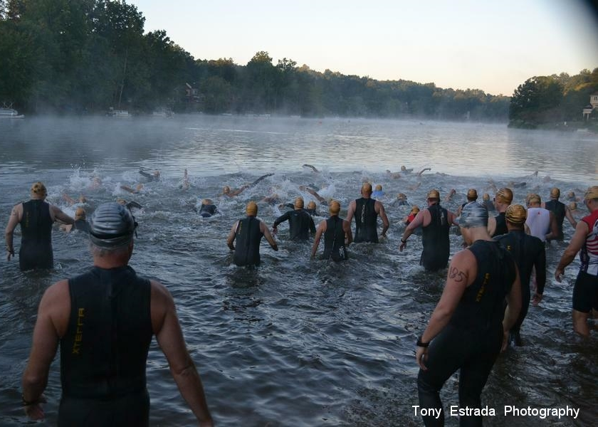Photo from Reston Triathlon via Tony Estrada Photography