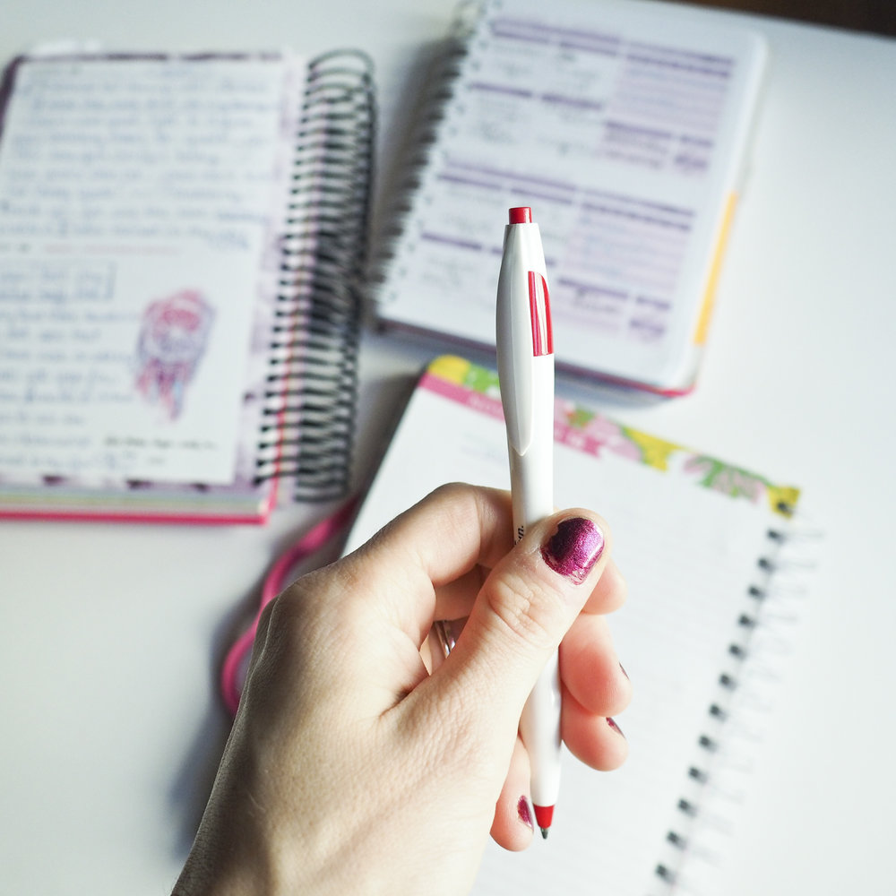 One of the best things I did to lose weight, journaling.