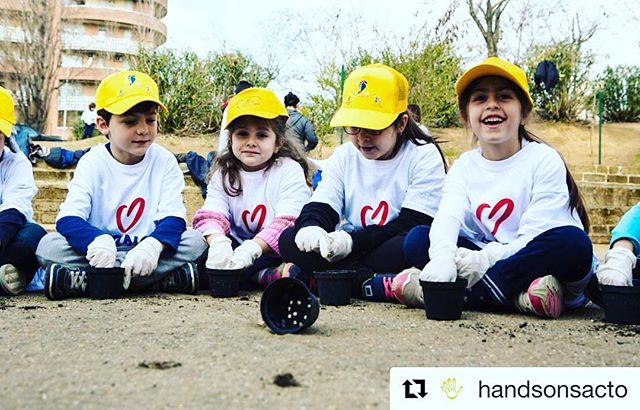 We're so excited! GOOD DEEDS DAY is next month! #Repost @handsonsacto with @get_repost ・・・ Good Deeds Day is on April 15th! This international day of service unites people from 93 countries to do good deeds for the benefit of others and the planet. Have an idea for volunteering? Check out their website here: https://buff.ly/2G5qmLy