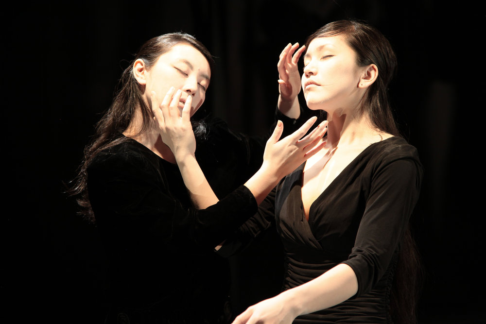 Butoh with Vangeline Theater - Heaven and Earth- 2013  at Triskelion Arts - Photo Beatrice Schleyer