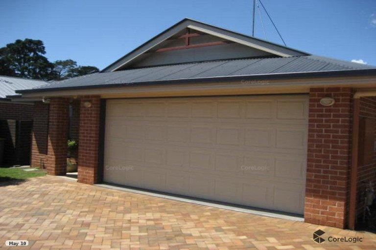 2 3A 9 Front Garage.jpg
