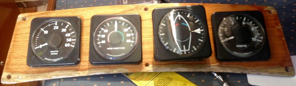 The original 1976 B& instrument panel
