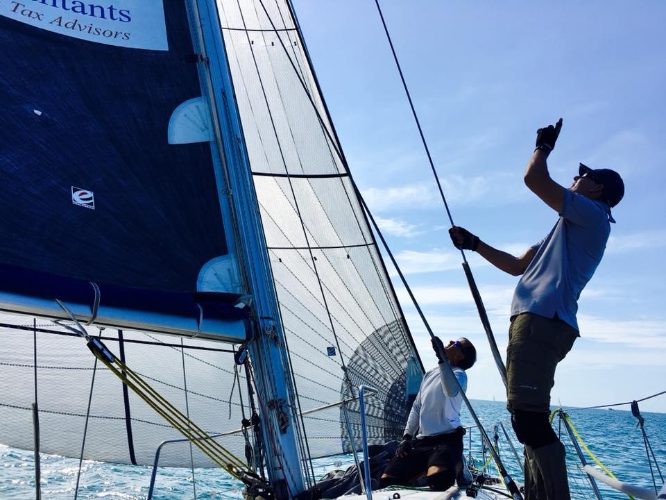 Best time sailing across the Tasman Sea