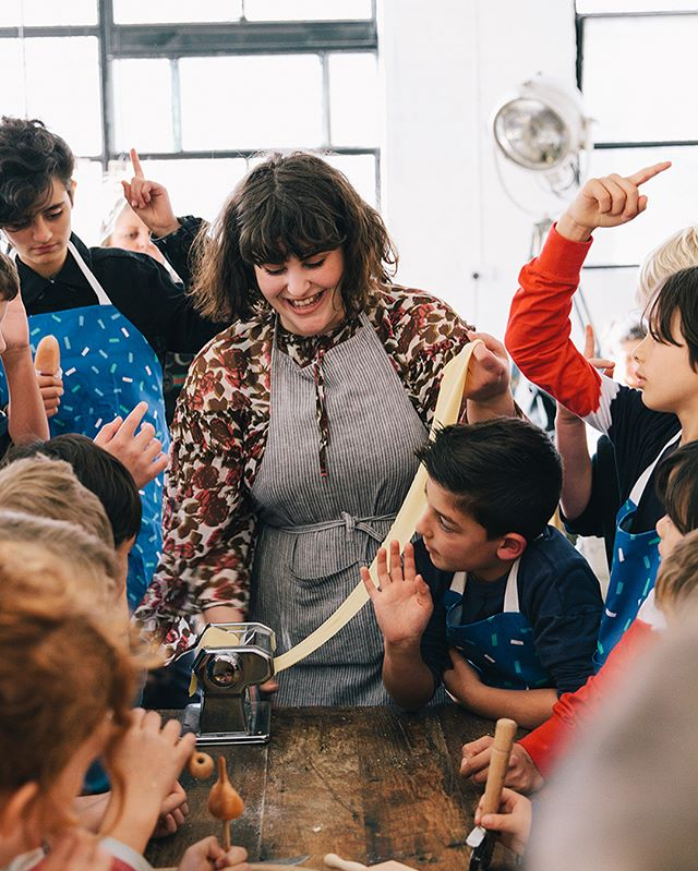 Almost impossible to pick just 10 photos from the hundreds I took at Saturday's pasta making workshop with @juliaostro @hellolunchlady @stefanieingram @xostudios @maxgreenstein and 51 sweet kids! Good vibes all round 💛💖💚