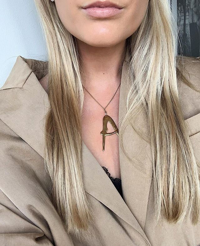 A for AMAZING ⚡️ NUDE alphabet from @bjorgjewellery ⁣ ⁣ ____________⁣ #bjorgjewellery #norwegiandesign #nudealphabet #sterlingsilver #goldplated #mestergullsandberg