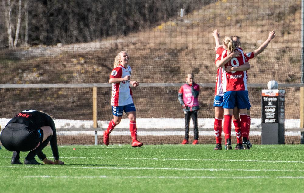 Lyn-ArnaBjørnar_2-1_2018_LarsOpstad_007.jpg