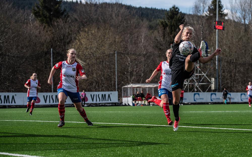Lyn-ArnaBjørnar_2-1_2018_LarsOpstad_082.jpg