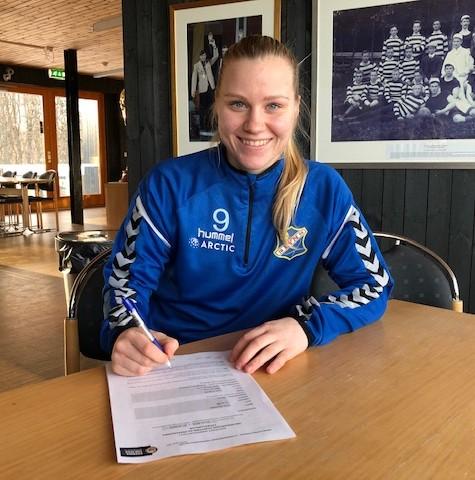 Linn Huseby signerer for Lyn sesongen 2019
