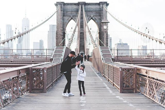 together with you...is my favorite place to be.🖤. #family . & hey New York...concrete jungle where dreams are made of..!🎵 wow! we will see u again! . #brooklynbridge#newyork#travel#travelwithkids #dreamydays 🇺🇸🗽