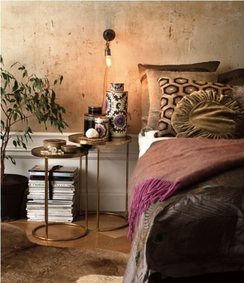 jennifer-lynn-interiors-nesting-tables-bedroom.jpeg