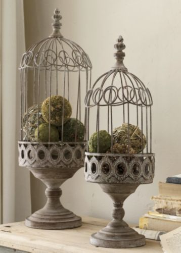 Image Source:   Birdcage as a centerpiece....
