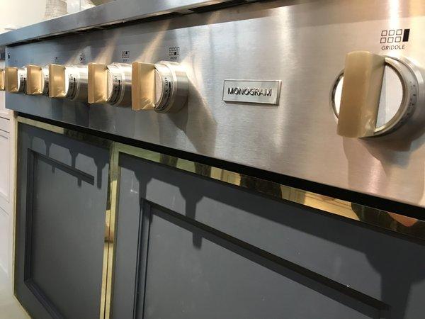 jennifer-lynn-interiors-dutchess-county-interior-design-gold-oven.jpg