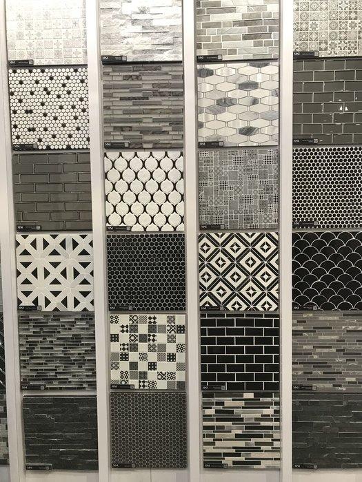 jennifer-lynn-interiors-dutchess-county-interior-design-black-tiles-knis.jpg