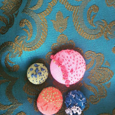 embroidered buttons.jpg