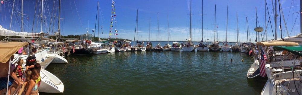 So many kinds of boats!
