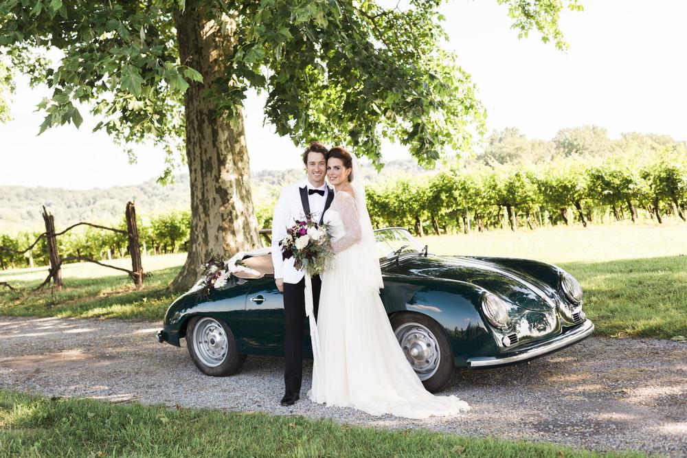 Hudson-Nichols-Paradocx-Vineyard-Wedding0053-Vintage-Porsche-356-.jpg
