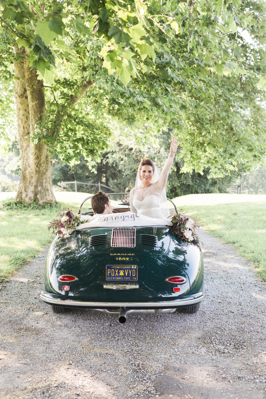 Hudson-Nichols-Paradocx-Vineyard-Wedding0057-Vintage-Porsche-356-.jpg
