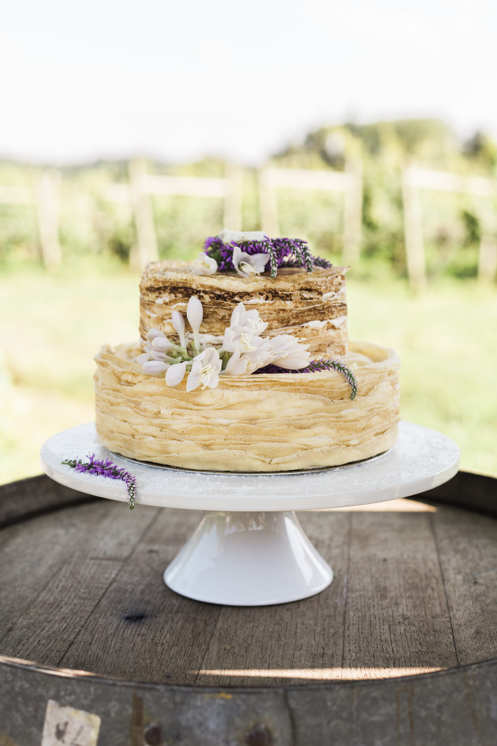 Hudson-Nichols-Vineyard-Wedding-Crepe-Natural-Undressed-Cake0199.jpg