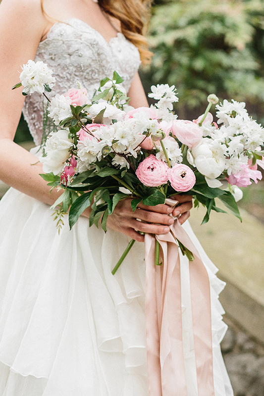 HNP-Modern-Fairytale-Spring-Wedding-Styled-Shoot_042.jpg