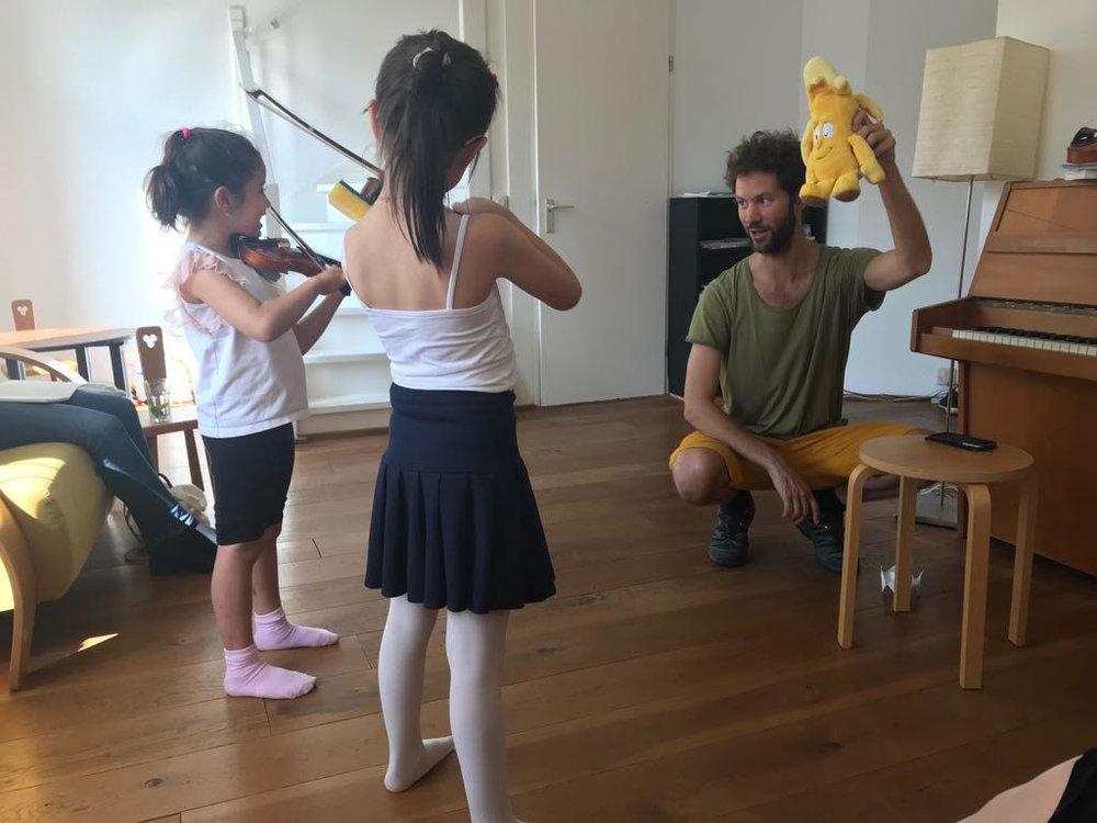 Eduard Marcet-Classes de Violí Mètode Suzuki a Barcelona.jpg
